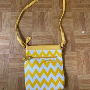Handbags - Yellow Zig-Zag Striped Purse
